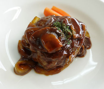 Red Wine Sauce for Hamburger Steak Simmered