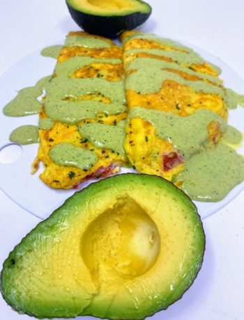 Avocado Cream Sauce for Simple Omelette Recipe